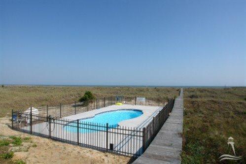 Holden Beach West Real Estate - http://cdn.resize.sparkplatform.com/ncr/1024x768/true/20170901180136378407000000-o.jpg