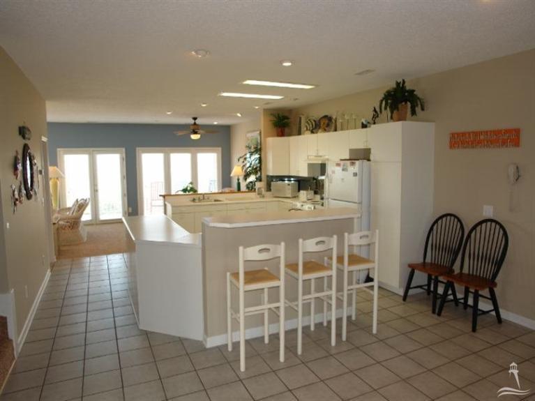 Holden Beach West Real Estate - http://cdn.resize.sparkplatform.com/ncr/1024x768/true/20170901180136653726000000-o.jpg