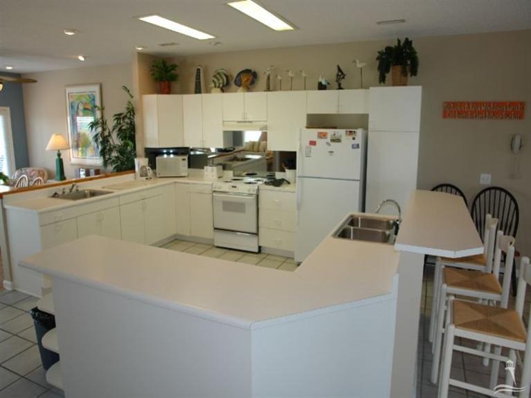 Holden Beach West Real Estate - http://cdn.resize.sparkplatform.com/ncr/1024x768/true/20170901180136849207000000-o.jpg