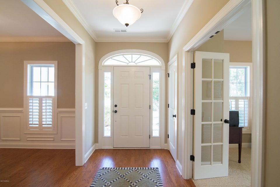 St James Real Estate - http://cdn.resize.sparkplatform.com/ncr/1024x768/true/20170902150844223447000000-o.jpg