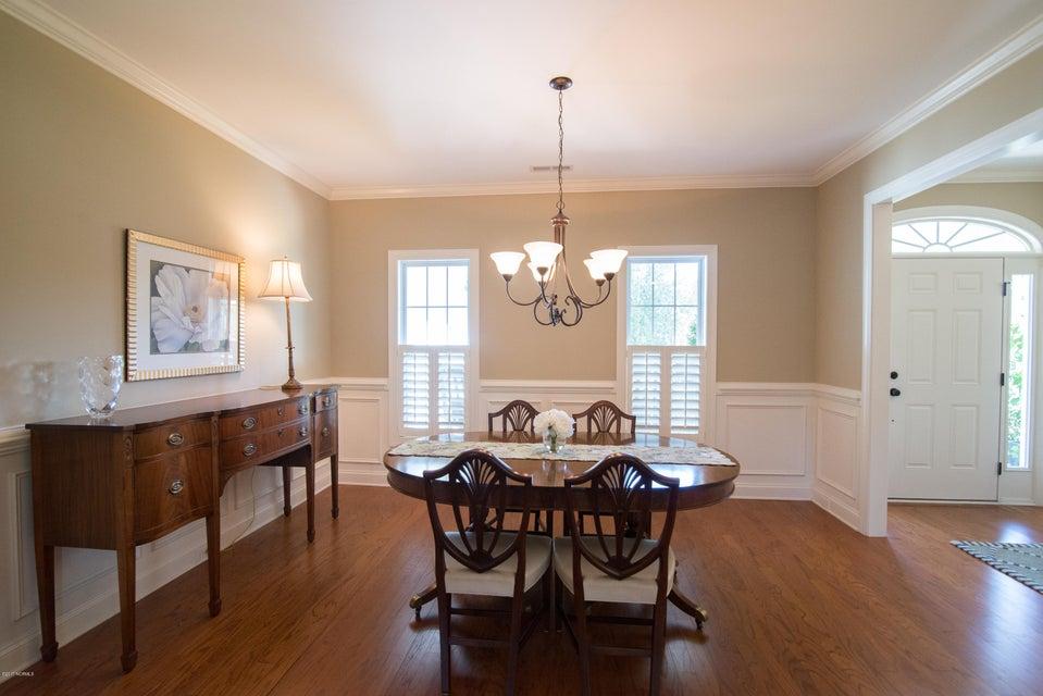 St James Real Estate - http://cdn.resize.sparkplatform.com/ncr/1024x768/true/20170902150858598627000000-o.jpg