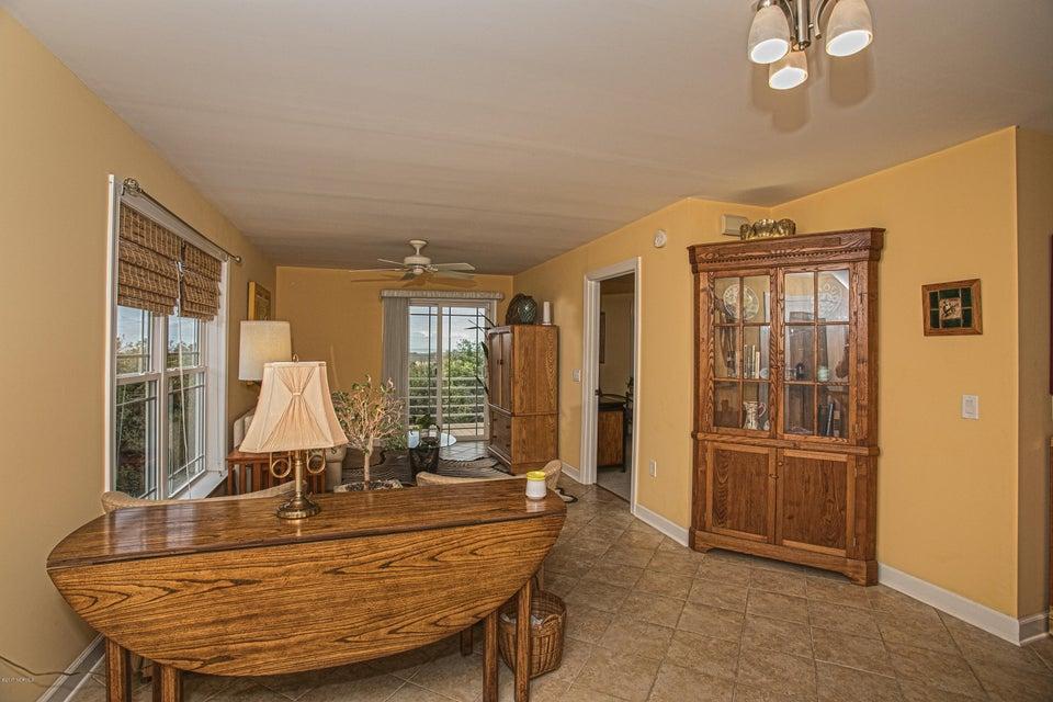 Turtle Creek Real Estate - http://cdn.resize.sparkplatform.com/ncr/1024x768/true/20170902164143647961000000-o.jpg