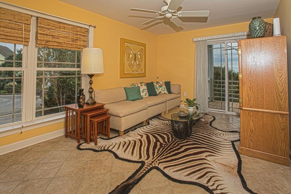 Turtle Creek Real Estate - http://cdn.resize.sparkplatform.com/ncr/1024x768/true/20170902164222795402000000-o.jpg