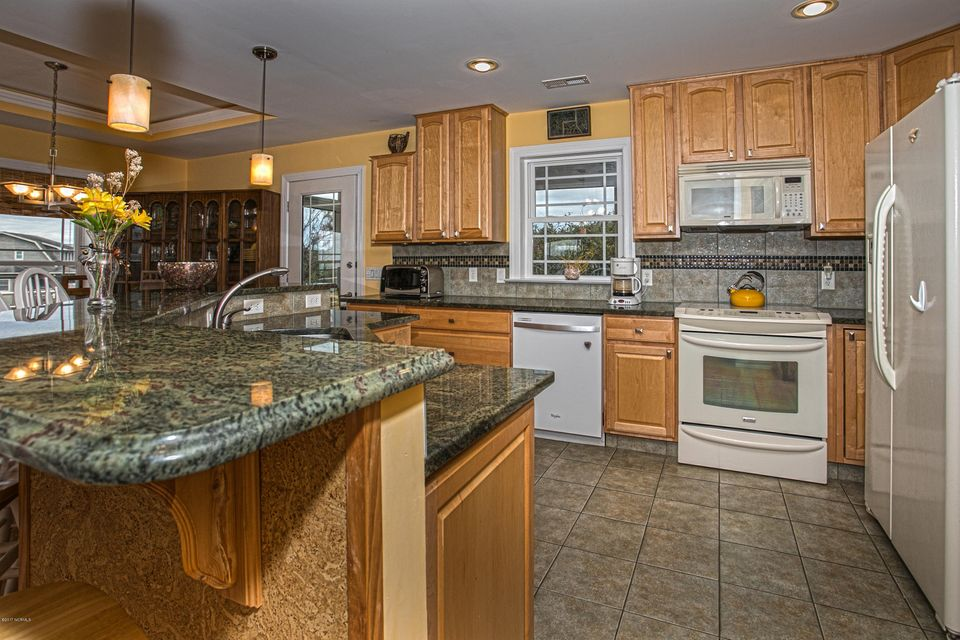 Turtle Creek Real Estate - http://cdn.resize.sparkplatform.com/ncr/1024x768/true/20170902170219803079000000-o.jpg