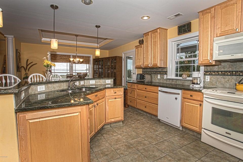 Turtle Creek Real Estate - http://cdn.resize.sparkplatform.com/ncr/1024x768/true/20170902170328790650000000-o.jpg
