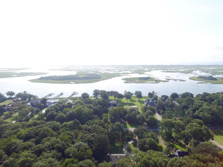 Porters Neck Plantation Real Estate - http://cdn.resize.sparkplatform.com/ncr/1024x768/true/20170906192710349473000000-o.jpg