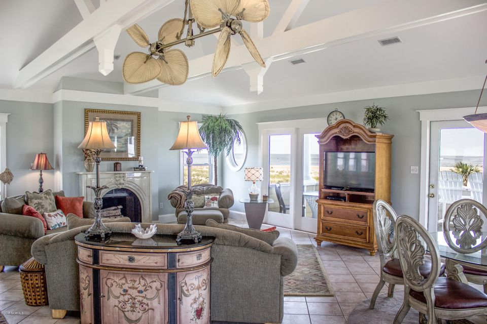 BHI (Bald Head Island) Real Estate - http://cdn.resize.sparkplatform.com/ncr/1024x768/true/20170910192434911544000000-o.jpg