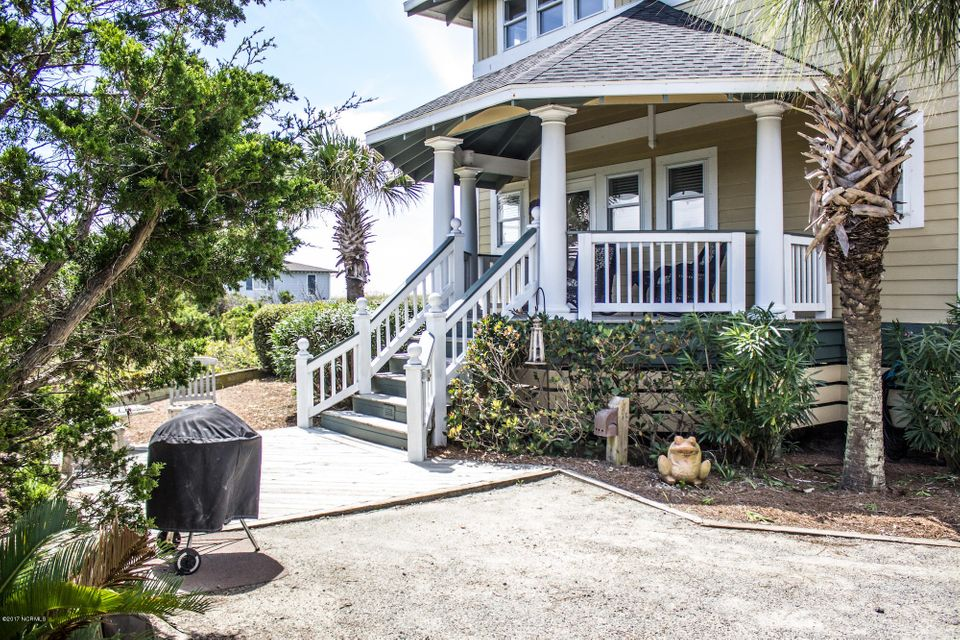 BHI (Bald Head Island) Real Estate - http://cdn.resize.sparkplatform.com/ncr/1024x768/true/20170910192609635160000000-o.jpg