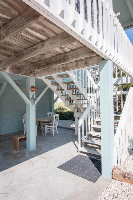 Sunset Beach Real Estate - http://cdn.resize.sparkplatform.com/ncr/1024x768/true/20170911000711417469000000-o.jpg