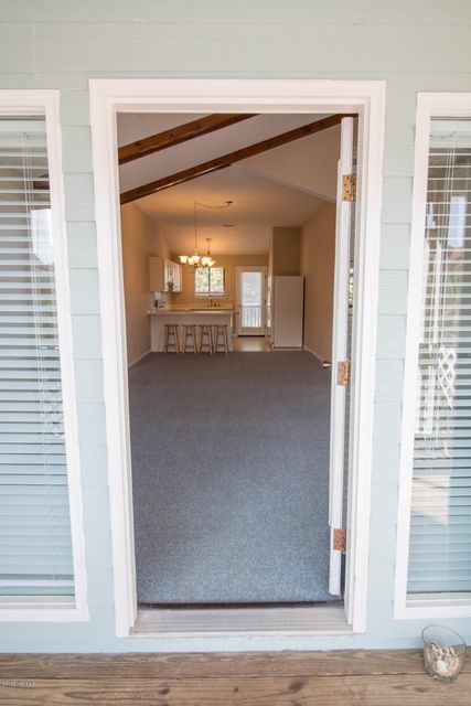 Sunset Beach Real Estate - http://cdn.resize.sparkplatform.com/ncr/1024x768/true/20170911000841721315000000-o.jpg