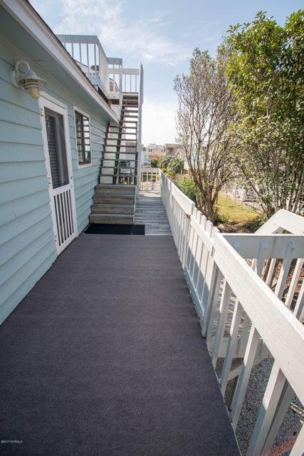 Sunset Beach Real Estate - http://cdn.resize.sparkplatform.com/ncr/1024x768/true/20170911001239368465000000-o.jpg