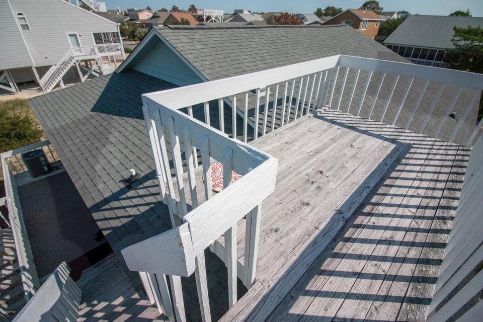 Sunset Beach Real Estate - http://cdn.resize.sparkplatform.com/ncr/1024x768/true/20170911001253493524000000-o.jpg