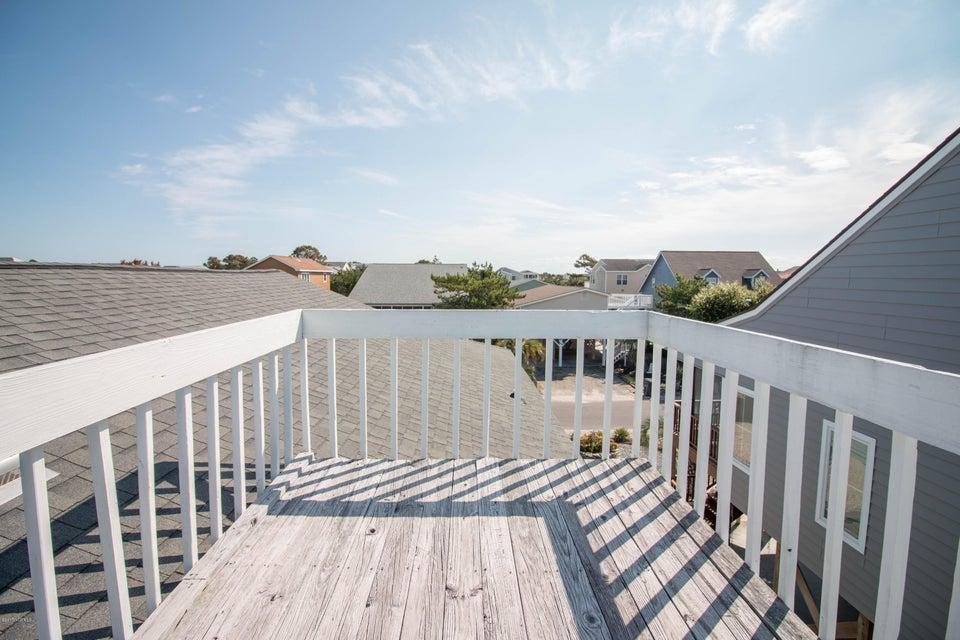Sunset Beach Real Estate - http://cdn.resize.sparkplatform.com/ncr/1024x768/true/20170911001320358226000000-o.jpg