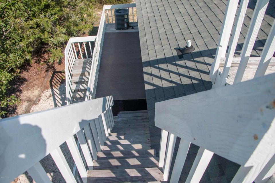 Sunset Beach Real Estate - http://cdn.resize.sparkplatform.com/ncr/1024x768/true/20170911001331457288000000-o.jpg