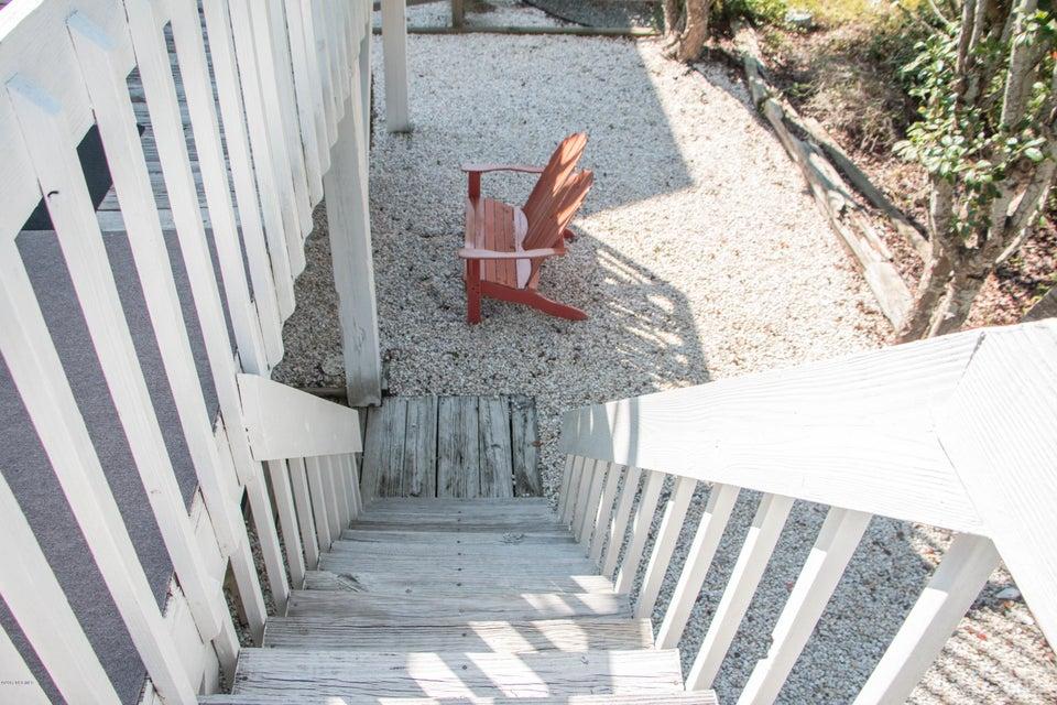 Sunset Beach Real Estate - http://cdn.resize.sparkplatform.com/ncr/1024x768/true/20170911001347211383000000-o.jpg