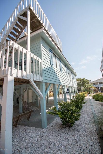 Sunset Beach Real Estate - http://cdn.resize.sparkplatform.com/ncr/1024x768/true/20170911001357889542000000-o.jpg