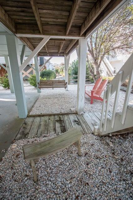 Sunset Beach Real Estate - http://cdn.resize.sparkplatform.com/ncr/1024x768/true/20170911001411609484000000-o.jpg
