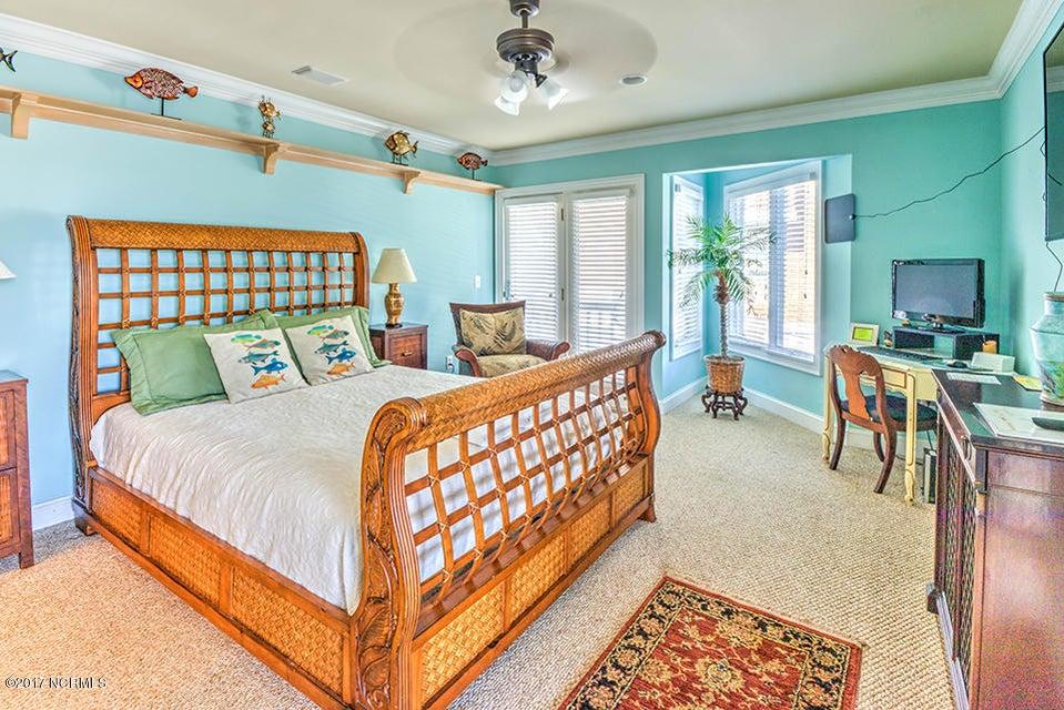 Shell Island Village Real Estate - http://cdn.resize.sparkplatform.com/ncr/1024x768/true/20170913144040013464000000-o.jpg