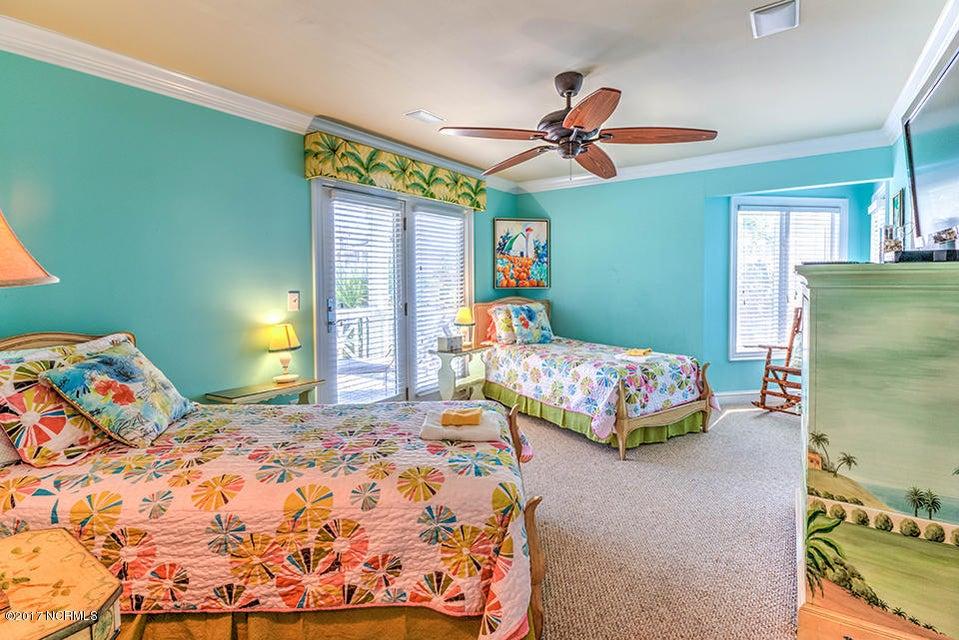 Shell Island Village Real Estate - http://cdn.resize.sparkplatform.com/ncr/1024x768/true/20170913144042361769000000-o.jpg
