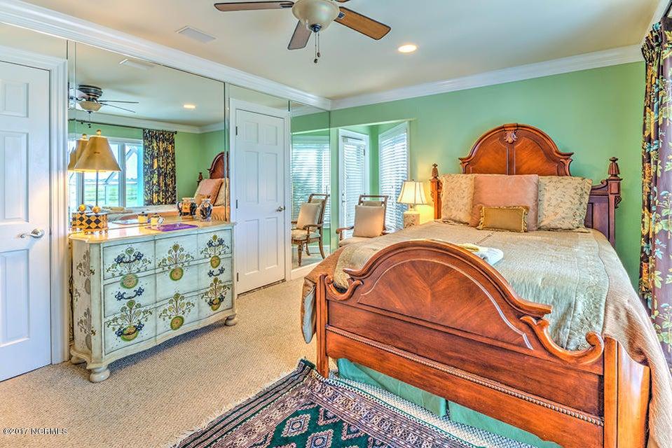Shell Island Village Real Estate - http://cdn.resize.sparkplatform.com/ncr/1024x768/true/20170913144102500321000000-o.jpg