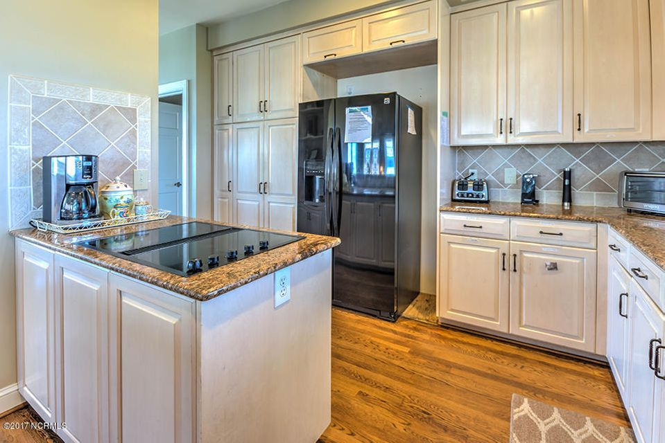 Shell Island Village Real Estate - http://cdn.resize.sparkplatform.com/ncr/1024x768/true/20170913144231802457000000-o.jpg
