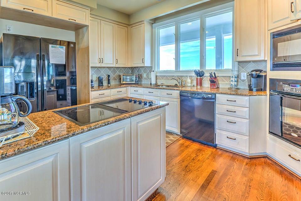 Shell Island Village Real Estate - http://cdn.resize.sparkplatform.com/ncr/1024x768/true/20170913144239423379000000-o.jpg