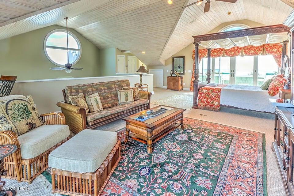 Shell Island Village Real Estate - http://cdn.resize.sparkplatform.com/ncr/1024x768/true/20170913144251010112000000-o.jpg