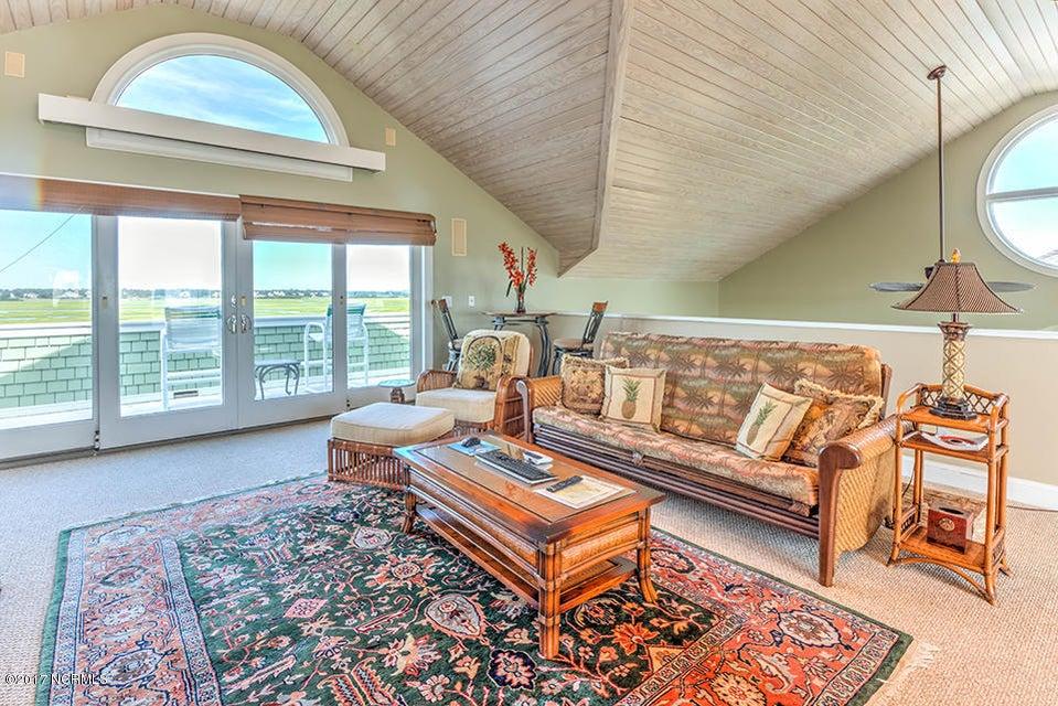 Shell Island Village Real Estate - http://cdn.resize.sparkplatform.com/ncr/1024x768/true/20170913144312303751000000-o.jpg