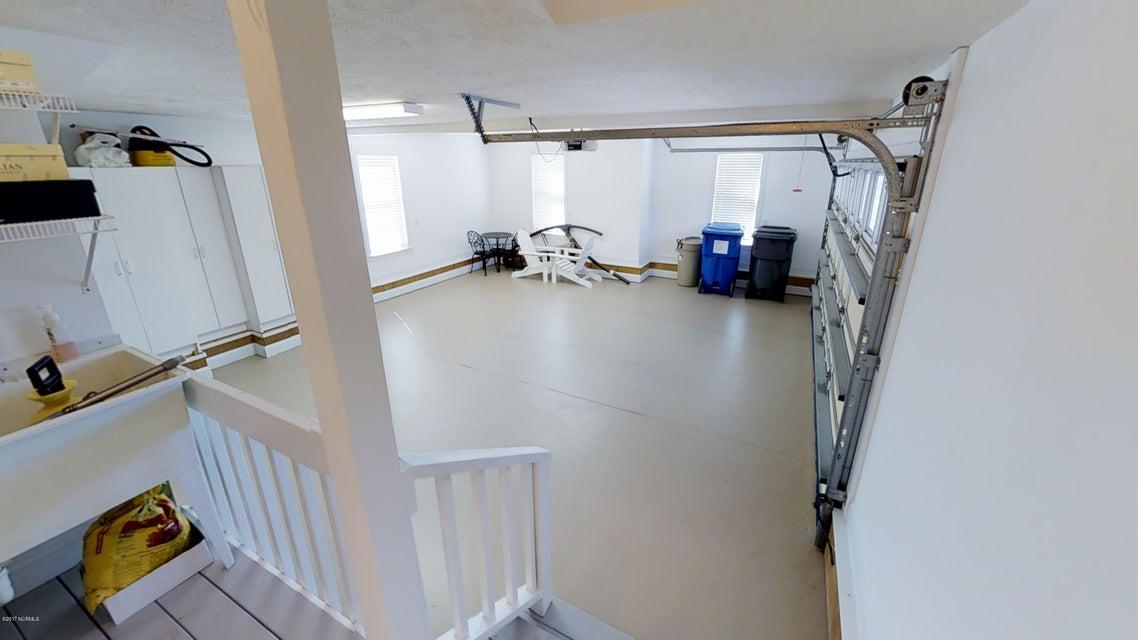 Ocean Ridge Real Estate - http://cdn.resize.sparkplatform.com/ncr/1024x768/true/20170914144935114859000000-o.jpg