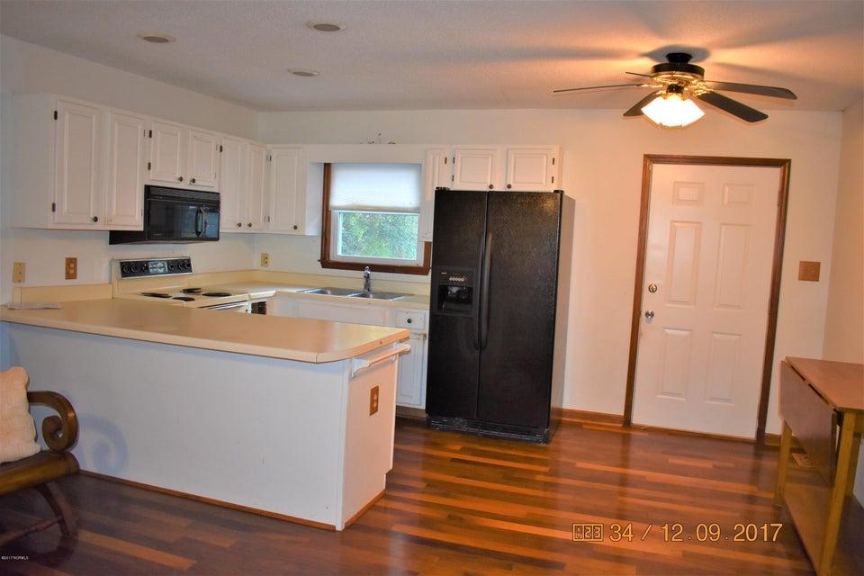 211 NE 37TH Street Oak Island, NC 28465