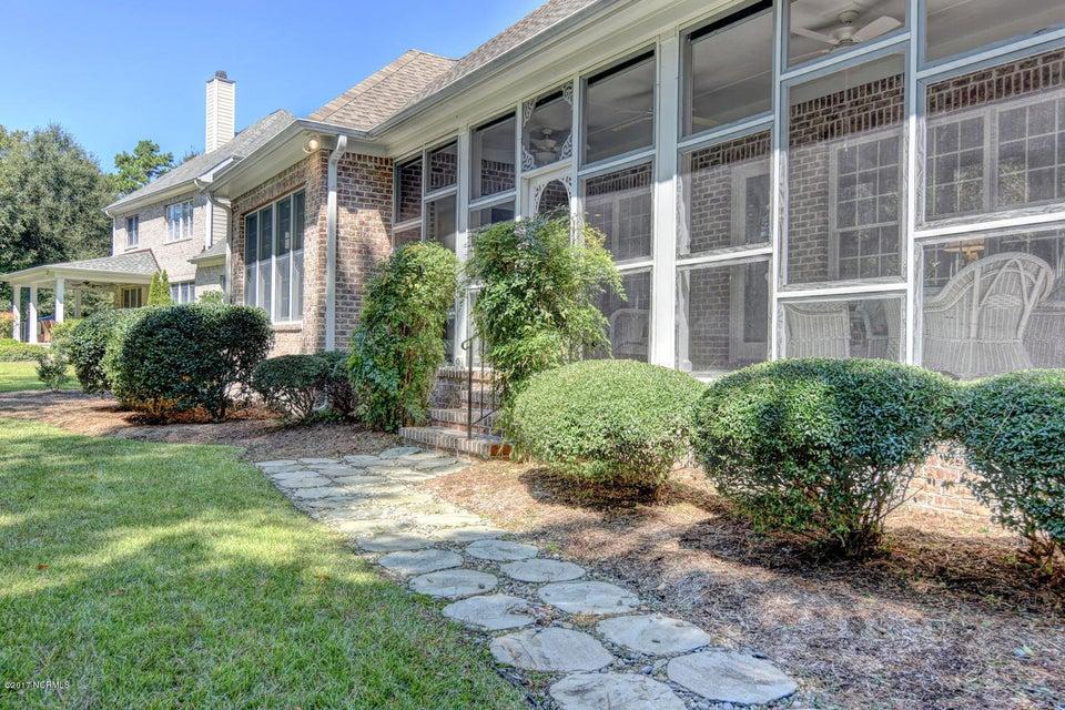 Porters Neck Plantation Real Estate - http://cdn.resize.sparkplatform.com/ncr/1024x768/true/20170915205538735389000000-o.jpg