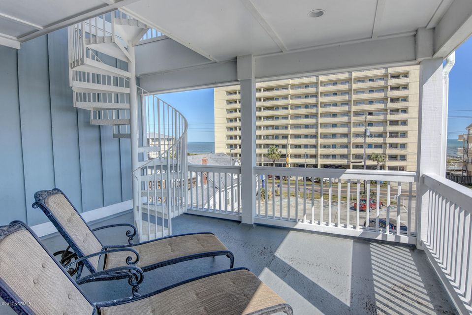 Wilmington Beach Real Estate - http://cdn.resize.sparkplatform.com/ncr/1024x768/true/20170915210814330339000000-o.jpg