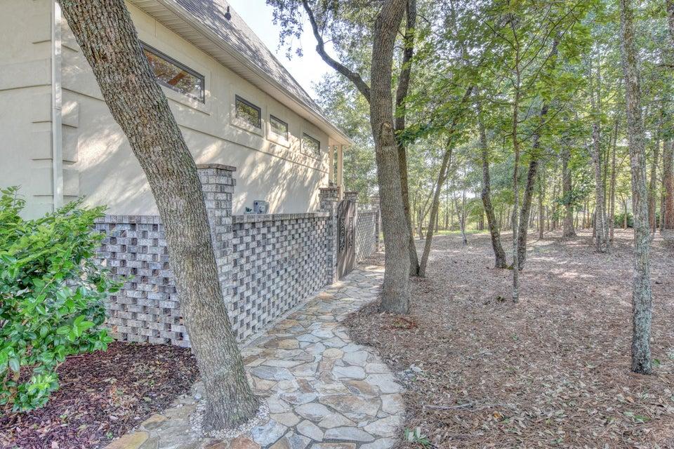 Winding River Plantation Real Estate - http://cdn.resize.sparkplatform.com/ncr/1024x768/true/20170915223254635113000000-o.jpg