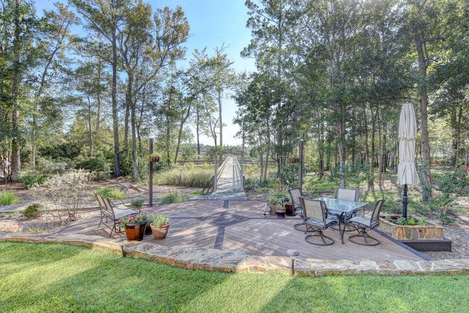 Winding River Plantation Real Estate - http://cdn.resize.sparkplatform.com/ncr/1024x768/true/20170915223330206203000000-o.jpg