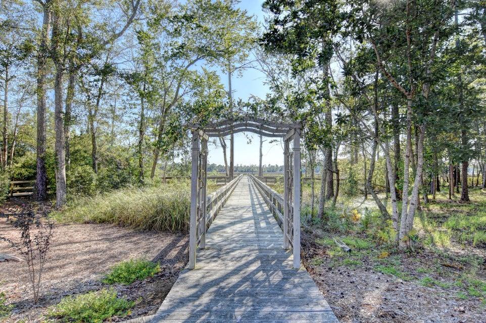 Winding River Plantation Real Estate - http://cdn.resize.sparkplatform.com/ncr/1024x768/true/20170915223429103466000000-o.jpg