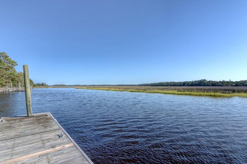 Winding River Plantation Real Estate - http://cdn.resize.sparkplatform.com/ncr/1024x768/true/20170915223442020660000000-o.jpg