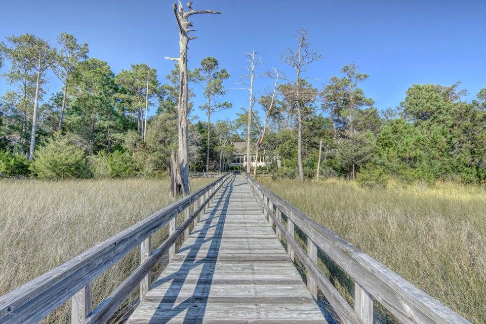 Winding River Plantation Real Estate - http://cdn.resize.sparkplatform.com/ncr/1024x768/true/20170915223503403248000000-o.jpg