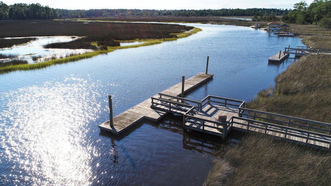 Winding River Plantation Real Estate - http://cdn.resize.sparkplatform.com/ncr/1024x768/true/20170915223632640953000000-o.jpg