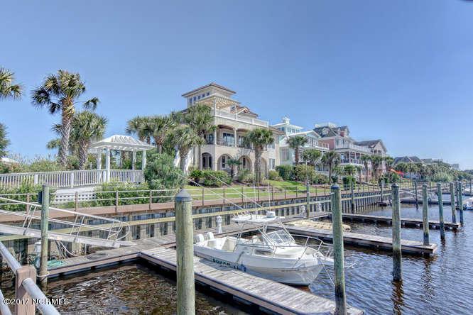 Oceana Real Estate - http://cdn.resize.sparkplatform.com/ncr/1024x768/true/20170918165331269570000000-o.jpg