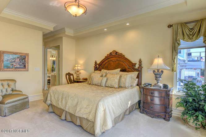 Oceana Real Estate - http://cdn.resize.sparkplatform.com/ncr/1024x768/true/20170918165510601303000000-o.jpg