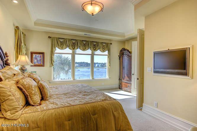 Oceana Real Estate - http://cdn.resize.sparkplatform.com/ncr/1024x768/true/20170918165513175821000000-o.jpg