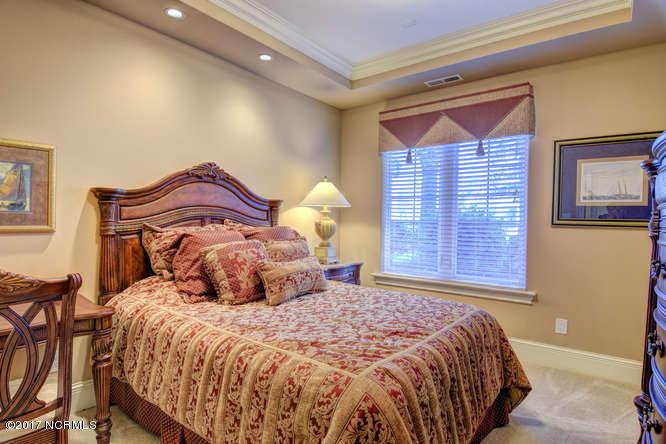 Oceana Real Estate - http://cdn.resize.sparkplatform.com/ncr/1024x768/true/20170918165605076587000000-o.jpg