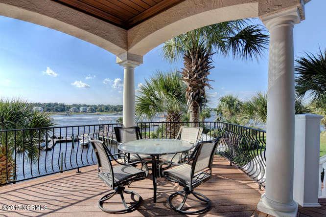 Oceana Real Estate - http://cdn.resize.sparkplatform.com/ncr/1024x768/true/20170918165707619593000000-o.jpg