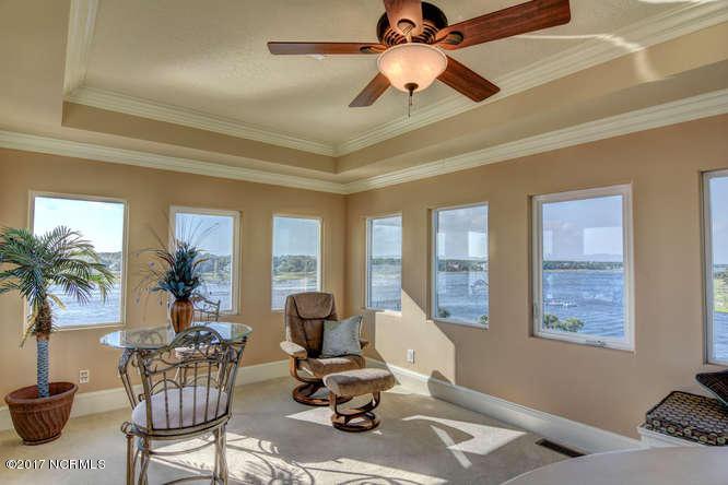 Oceana Real Estate - http://cdn.resize.sparkplatform.com/ncr/1024x768/true/20170918165846546543000000-o.jpg