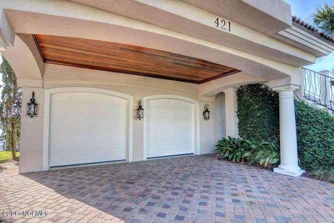 Oceana Real Estate - http://cdn.resize.sparkplatform.com/ncr/1024x768/true/20170918165852233911000000-o.jpg