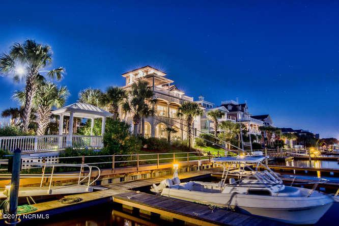 Oceana Real Estate - http://cdn.resize.sparkplatform.com/ncr/1024x768/true/20170918165936058410000000-o.jpg