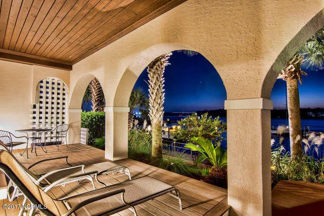Oceana Real Estate - http://cdn.resize.sparkplatform.com/ncr/1024x768/true/20170918165941823726000000-o.jpg