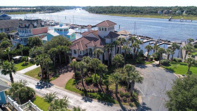 Oceana Real Estate - http://cdn.resize.sparkplatform.com/ncr/1024x768/true/20170918170031527236000000-o.jpg