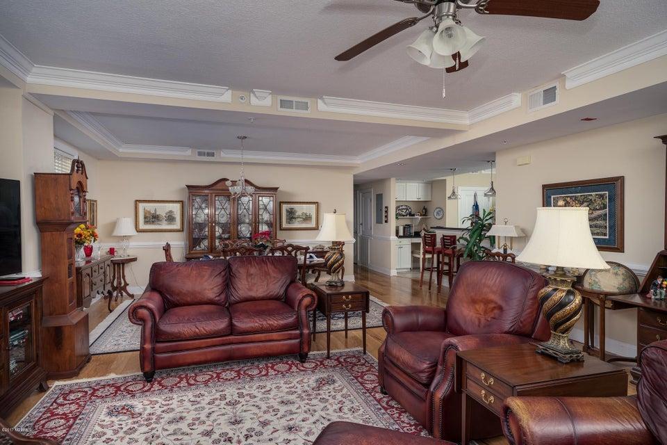 The Preserve at Oak Island Real Estate - http://cdn.resize.sparkplatform.com/ncr/1024x768/true/20170919160614416923000000-o.jpg