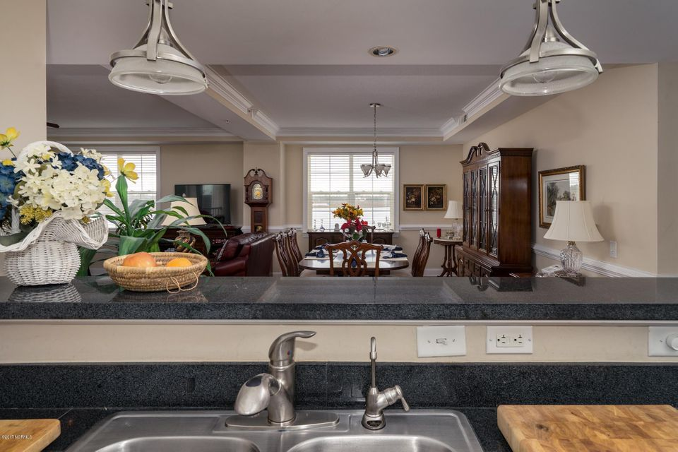 The Preserve at Oak Island Real Estate - http://cdn.resize.sparkplatform.com/ncr/1024x768/true/20170919160627796436000000-o.jpg